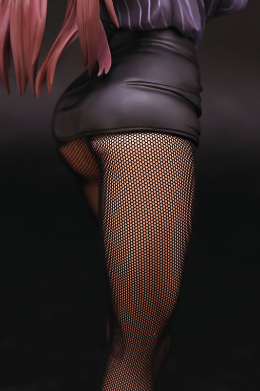 FIGURE 037011 11 - エイプラス「働くオンナの熟れた汗 黒沢乙女」予約開始